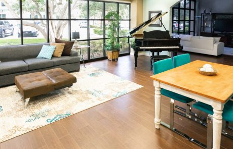 Music Therapy and calm seroundings at Desert Reose Addiction Treatment Center in Palm Beach, Florida